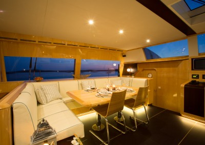 Catamaran Windquest 7