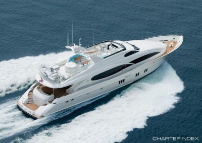 Crewed Yacht Charters in the Caribbean aboard Motor Yacht Le Reve 2
