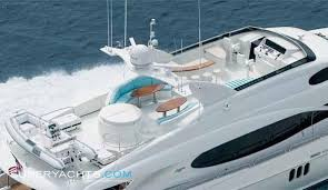 Crewed Yacht Charters in the Caribbean aboard Motor Yacht Le Reve 6