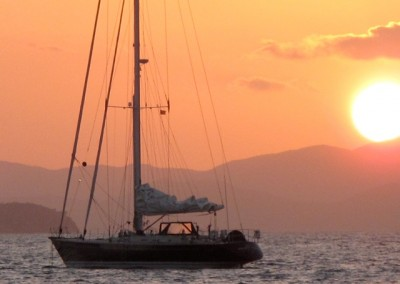 Luxury Yacht Charter aboard Pacific Wave 10