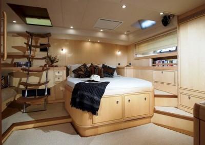 Luxury Yacht Charters aboard SY Ravenous 2