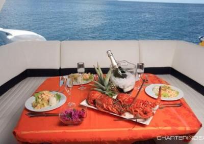luxury yacht charter aboard motor yacht sorana 11