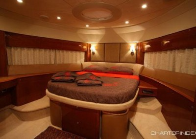 luxury yacht charter aboard motor yacht sorana 8