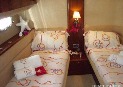 luxury yacht charter aboard motor yacht sorana 9