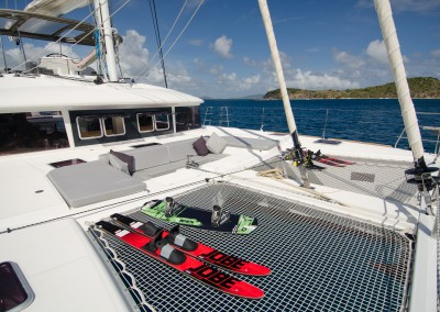 Foredeck with comfortable seating and trampolines